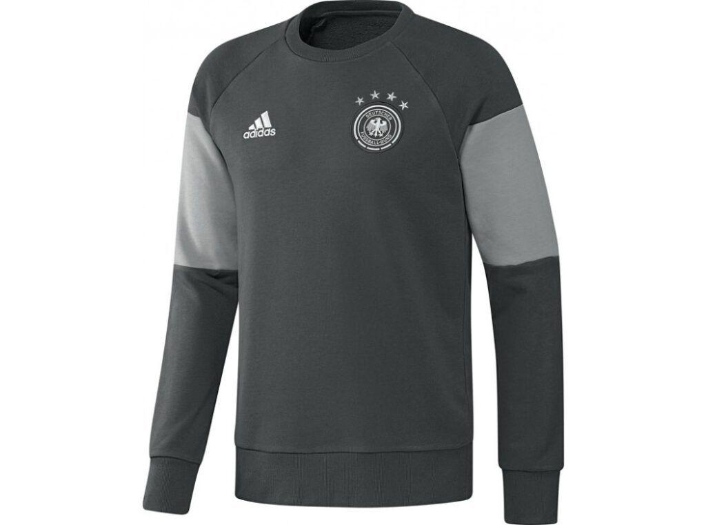 Duitsland Sweater pak (inclusief broek) €110,-
